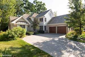 1721 Yale Ct Lake Forest, IL 60045