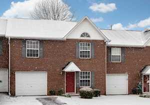 4511 Meadowlark Manor Ln Louisville, KY 40245