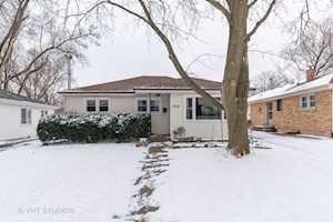 234 Dalton Ave Mundelein, IL 60060