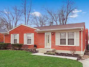 5104 Sprucewood Dr Louisville, KY 40291