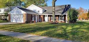 1526 S Surrey Ridge Dr Arlington Heights, IL 60005