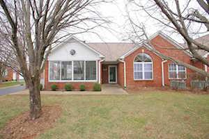 8112 Saint Andrews Village Dr Louisville, KY 40241