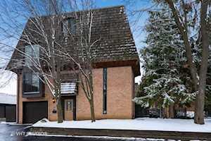 588 W Russell St #10-588 Barrington, IL 60010