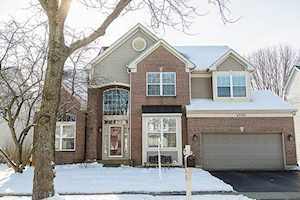 4590 Mackinac St Lake In The Hills, IL 60156