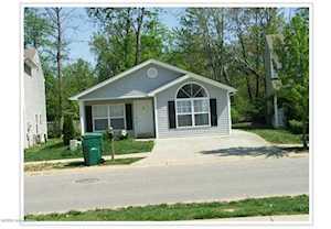 6315 Cottagemeadow Dr Louisville, KY 40218