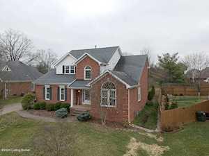 1502 Grandin Woods Ct Jeffersontown, KY 40299