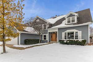 313 Southgate Dr Vernon Hills, IL 60061