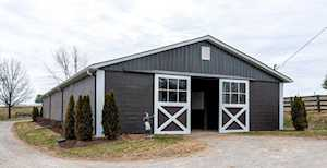 3209 Clintonville Road Winchester, KY 40391