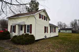 118 W Walnut Street Millersburg, IN 46543