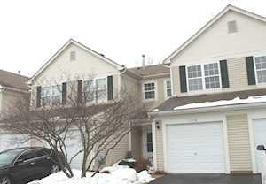 1350 Brookdale Dr Carpentersville, IL 60110