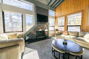 826 Lakeview #621 1849 #621 Mammoth Lakes, CA 93546