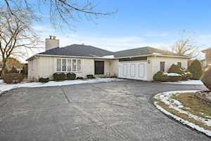 1621 Foxhill Place Darien, IL 60561