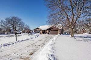 18W740 Avenue Chateaux N Oak Brook, IL 60523
