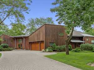 140 Pine Tree Ln Riverwoods, IL 60015