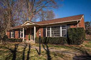 211 Dunbar Pl Louisville, KY 40243