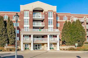 7091 W Touhy Ave #208 Niles, IL 60714