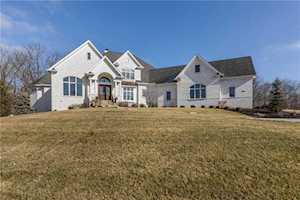 11621 Willow Springs Drive Zionsville, IN 46077