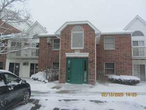 1355 Cunat Ct #1A Lake In The Hills, IL 60156