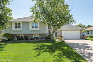 1411 Holland Place Downers Grove, IL 60515