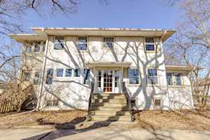 600 Clinton Place River Forest, IL 60305