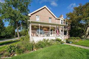 266 Ann St Clarendon Hills, IL 60514