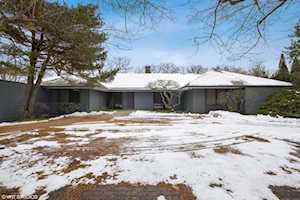 2 Roger Williams Ave Highland Park, IL 60035
