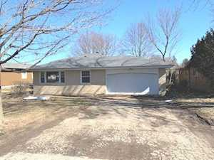 1116 Ash St Lake In The Hills, IL 60156