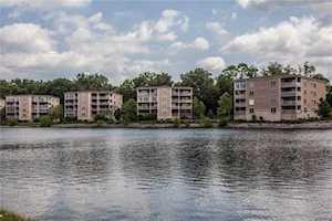 6760 Spirit Lake #402 Drive Indianapolis, IN 46220