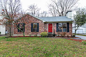 4604 Scott Ct Louisville, KY 40299