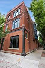 1858 N Sedgwick St Chicago, IL 60614