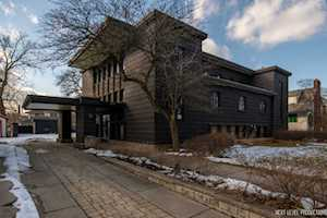 526 Ashland Ave River Forest, IL 60305