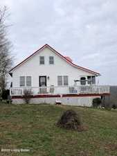 1525 River Bend Rd Horse Cave, KY 42749