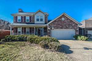 11208 Bakers Falls Ct Louisville, KY 40299