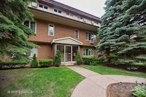 816 W Saint James St #2SW Arlington Heights, IL 60005