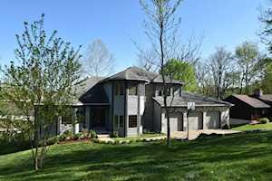 195 Herrington Woods Drive Harrodsburg, KY 40330