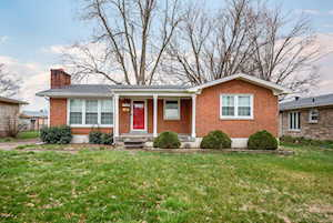 5706 Morning Glory Ln Louisville, KY 40258