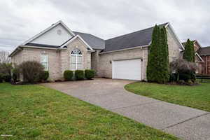 4517 Stone Lakes Dr Louisville, KY 40299