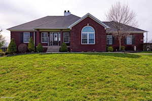 20 Wilsonville Heights Dr Fisherville, KY 40023