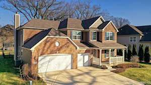1701 Pondview Dr Hoffman Estates, IL 60192
