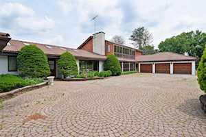 53 Hawthorne Ln Barrington Hills, IL 60010