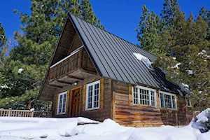 25 Wyoming June Lake, CA 93529