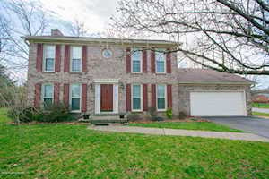 10702 Bowmore Ct Louisville, KY 40243