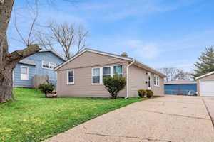 118 Toro Circle Carpentersville, IL 60110