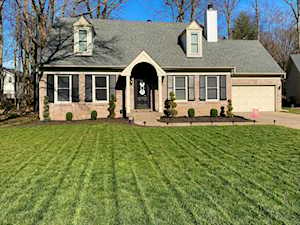 1501 Helmridge Ct Louisville, KY 40222