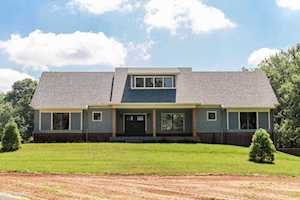 1370 Equestrian Lakes Ln Finchville, KY 40022