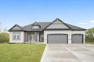 54647 PIERRE TRAILS Drive Osceola, IN 46561
