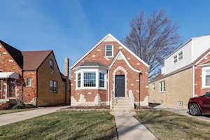 7240 N Odell Ave Chicago, IL 60631