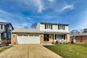 324 W Prospect Ave Lake Bluff, IL 60044