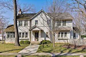 624 E Prospect Ave Lake Bluff, IL 60044