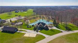3607 Eagles Trace Floyds Knobs, IN 47119